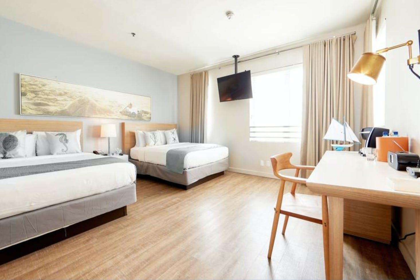 The Stiles Hotel bedroom