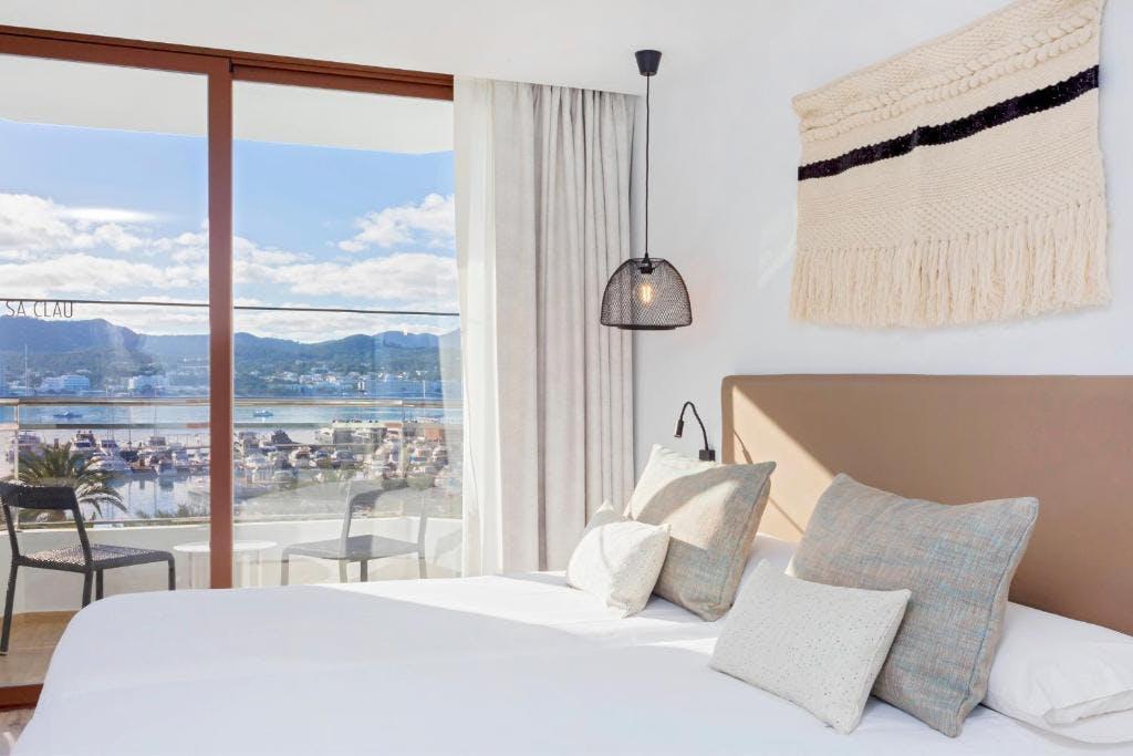 Hotel Sa Clau by MAMBO bedroom