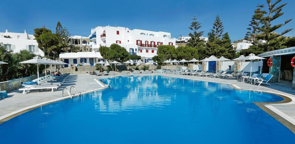 Kamari Hotel Pool