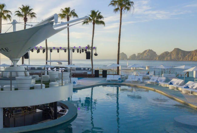 Me Cabo Lux package