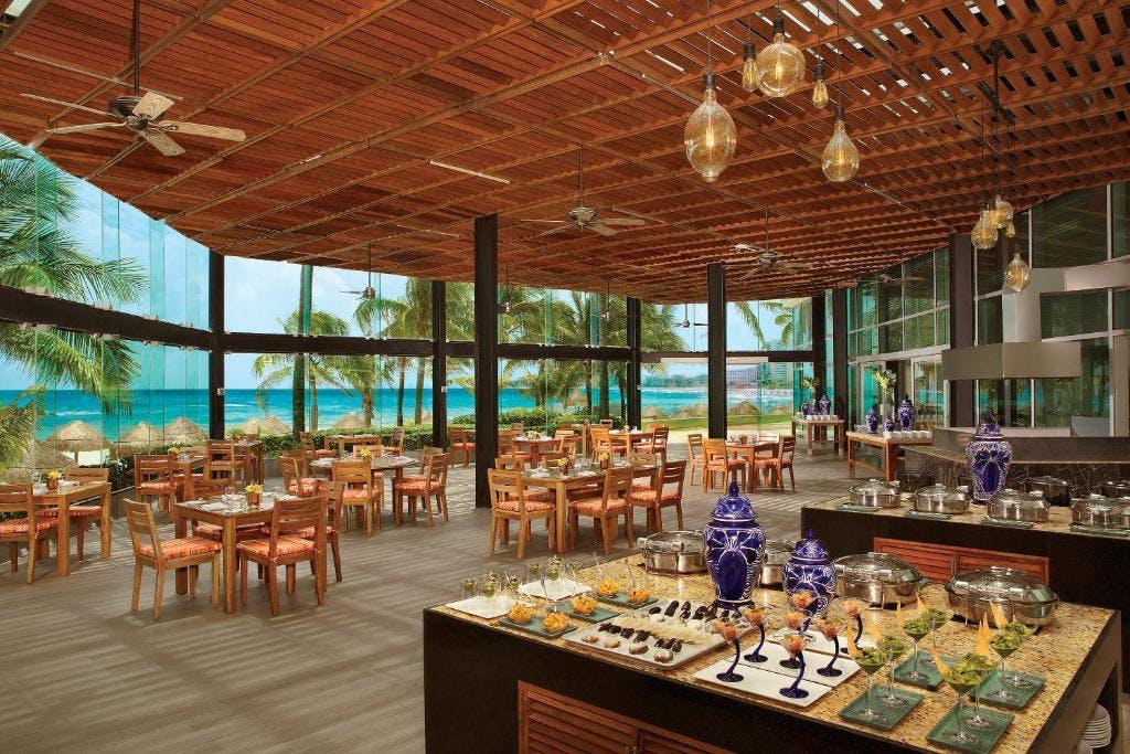 Krystal Grand restaurant