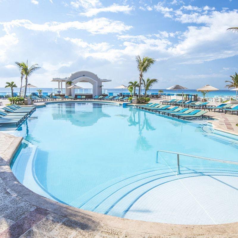 Panama Jack pool
