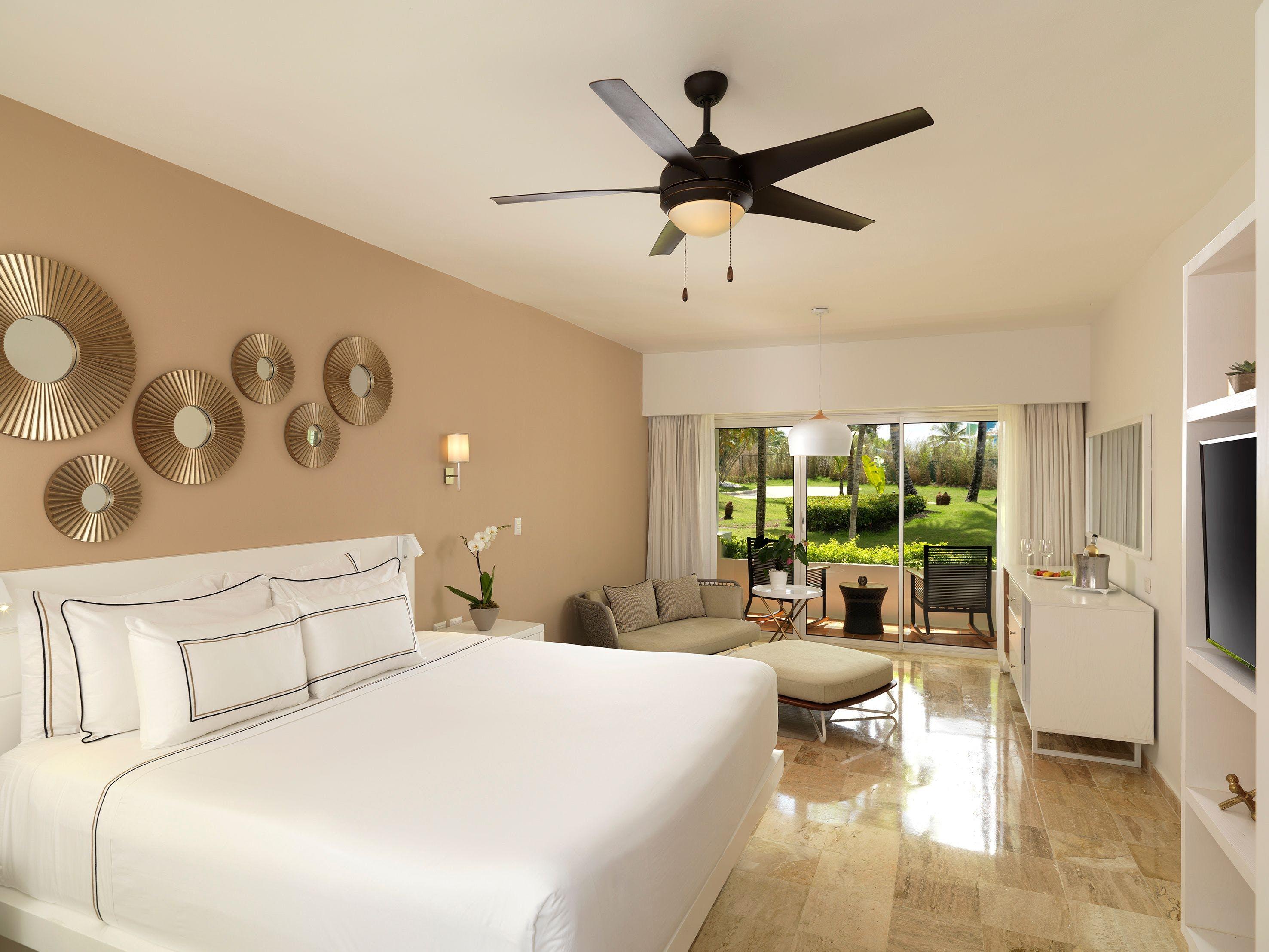 Meliá Punta Cana Beach Resort bedroom