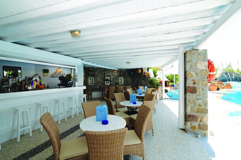 Kamari Hotel Terrace
