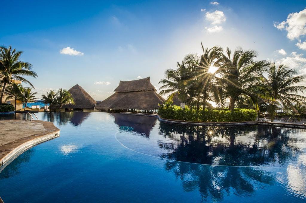 Fiesta Americana Condesa Cancun pool