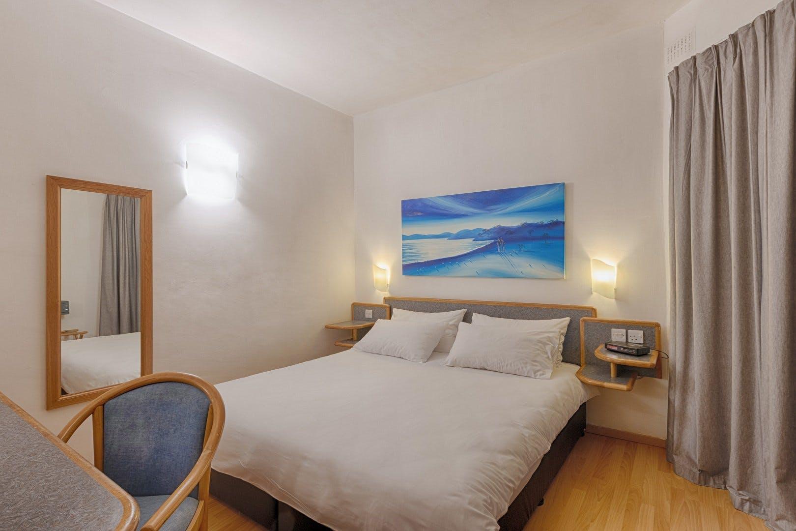 AX: Sunny Coast Resort & Spa room