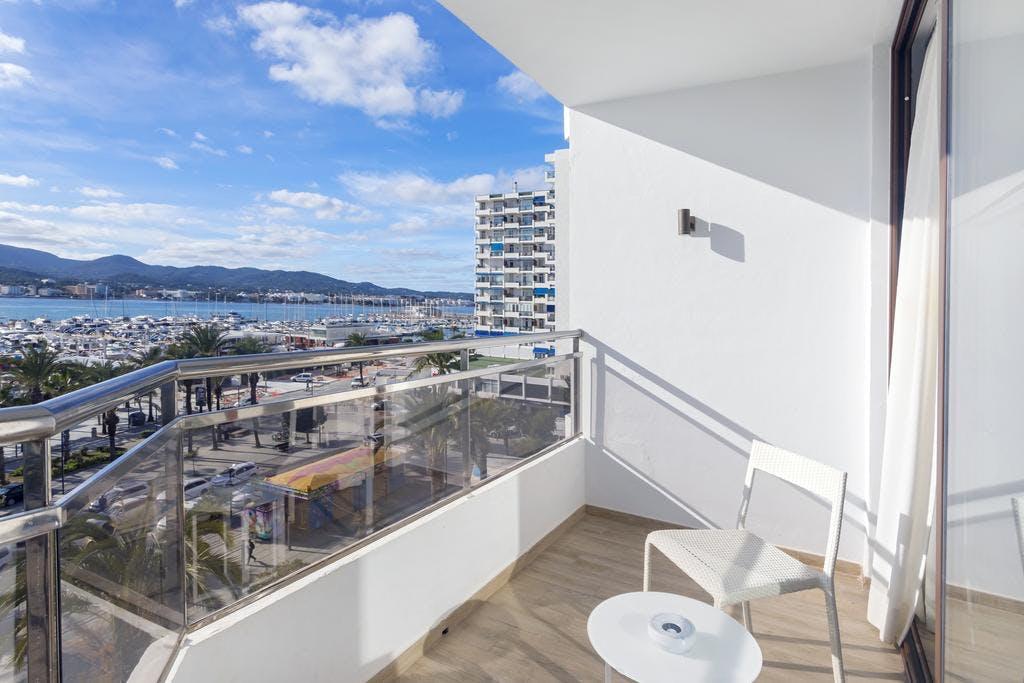 Hotel Sa Clau by MAMBO balcony