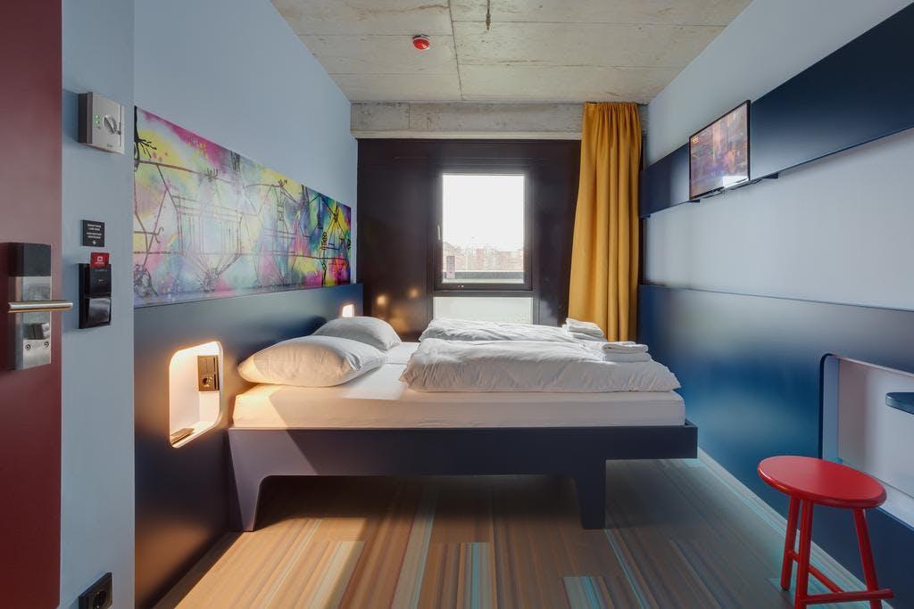 Meininger East bedroom