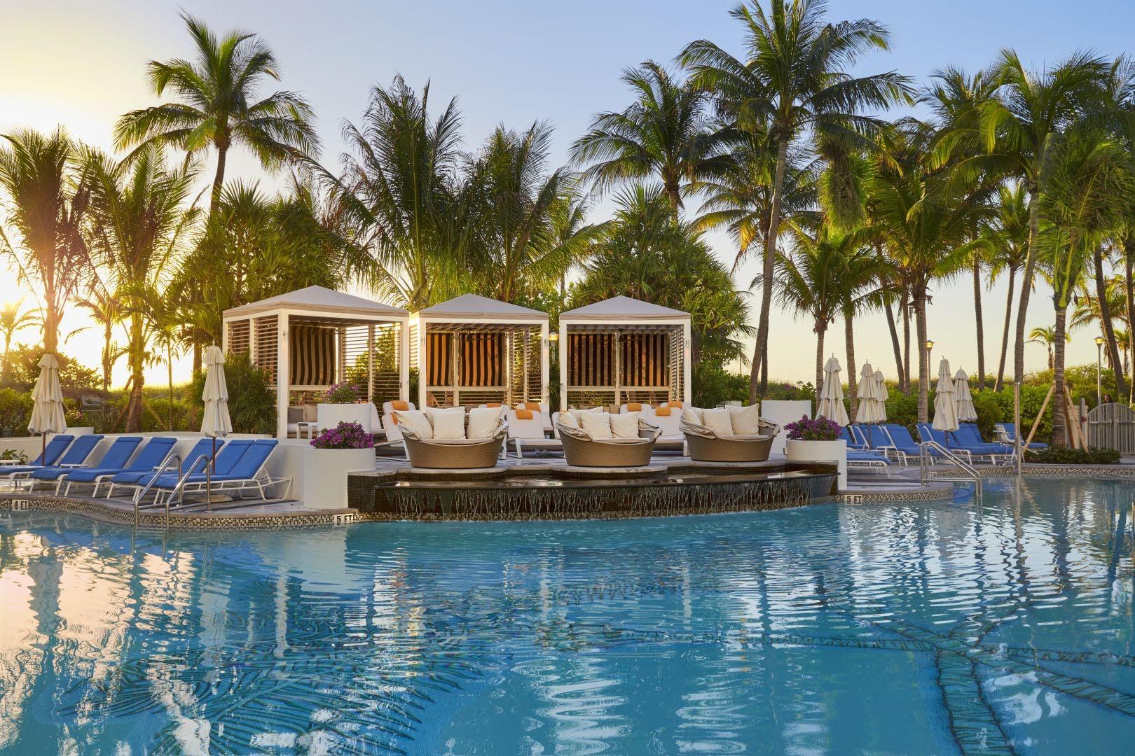 Loews South Beach swimming pool