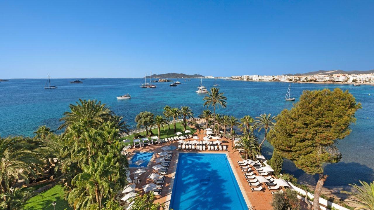 Hotel THB Los Molinos pool and sea view