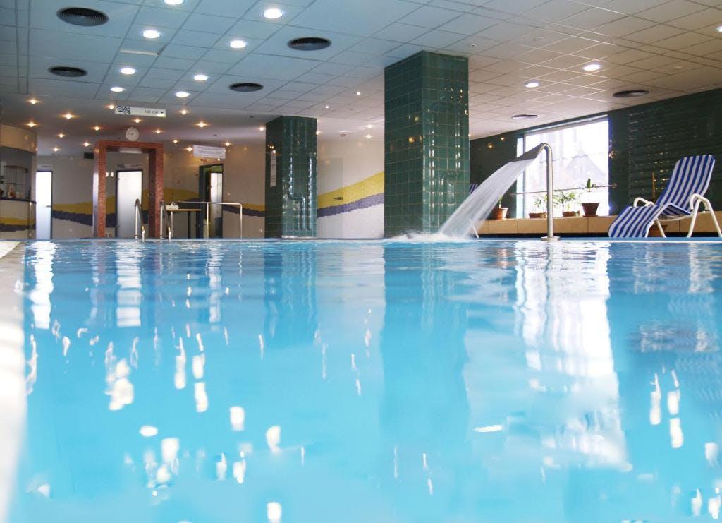 Danubius Hotel Arena pool