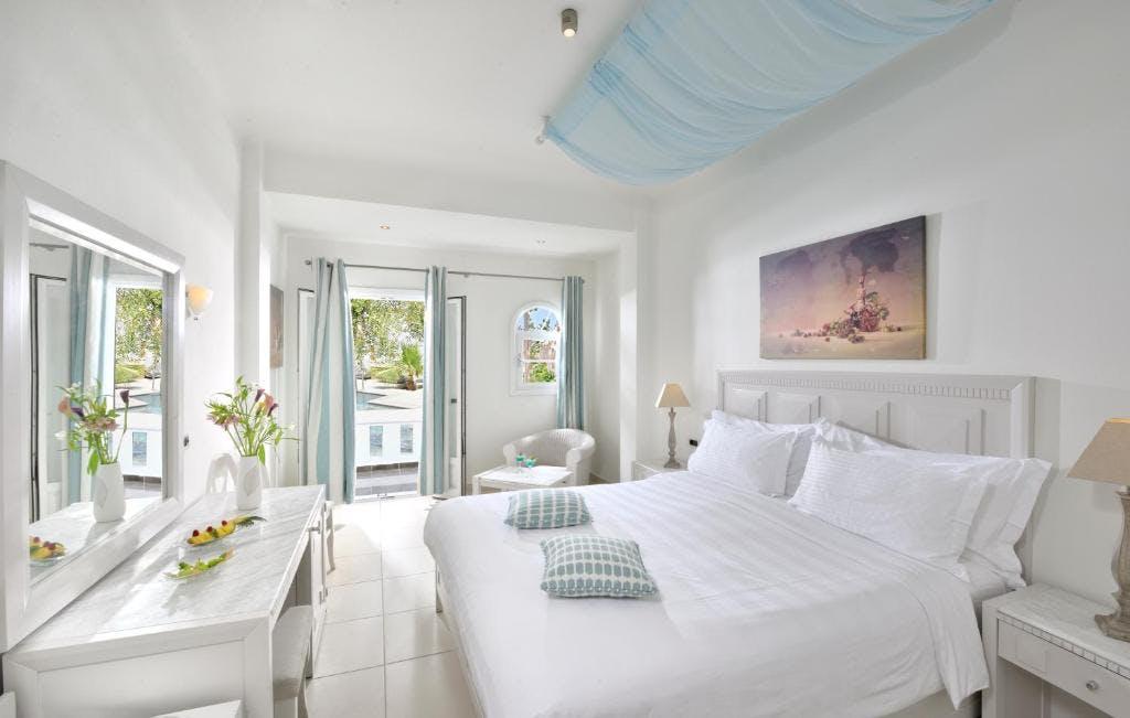 Petinos Hotel Room