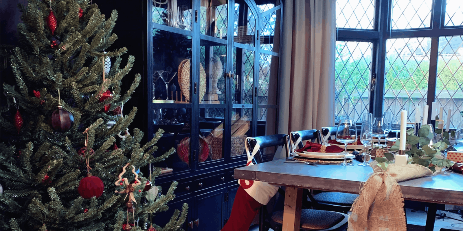 Dining area with Christmas tree and Christmas decorations