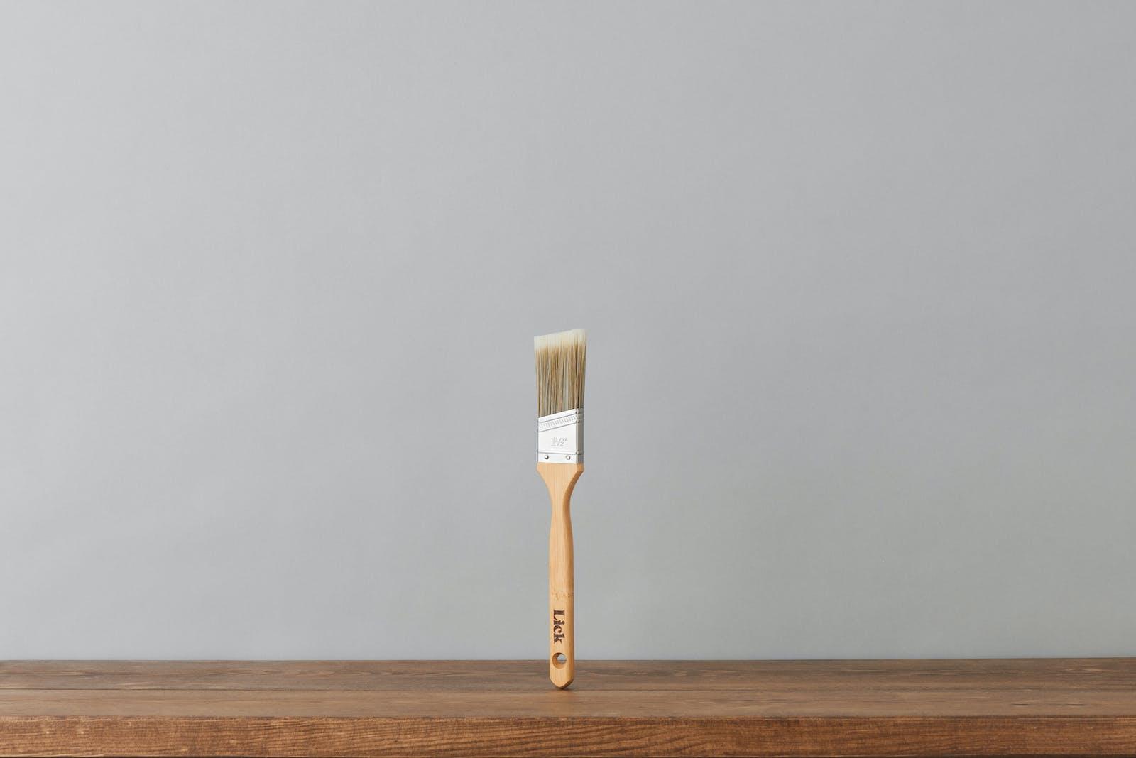 Lick 1 inch eco-friendly angled brush