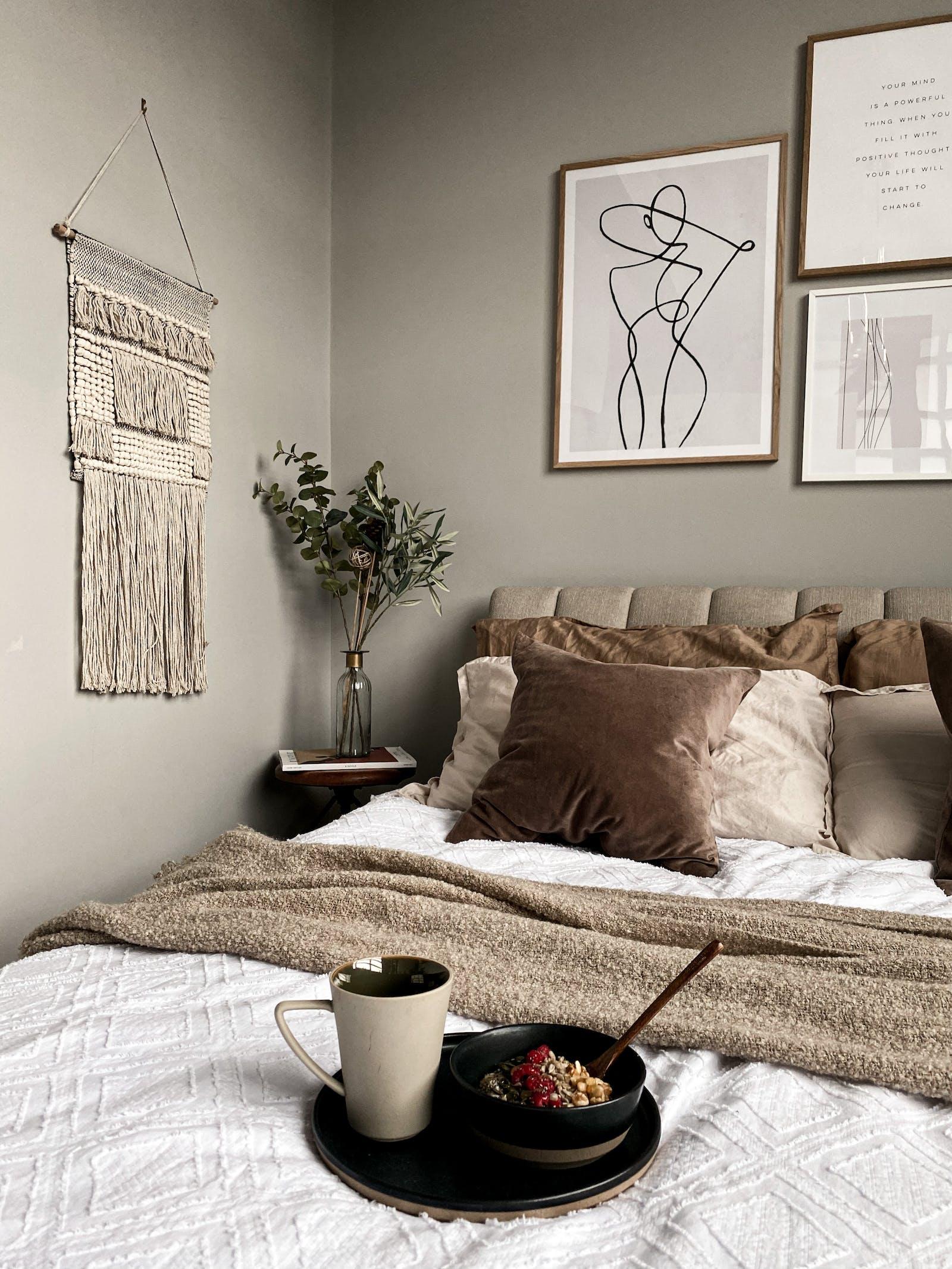 Bedroom in greige