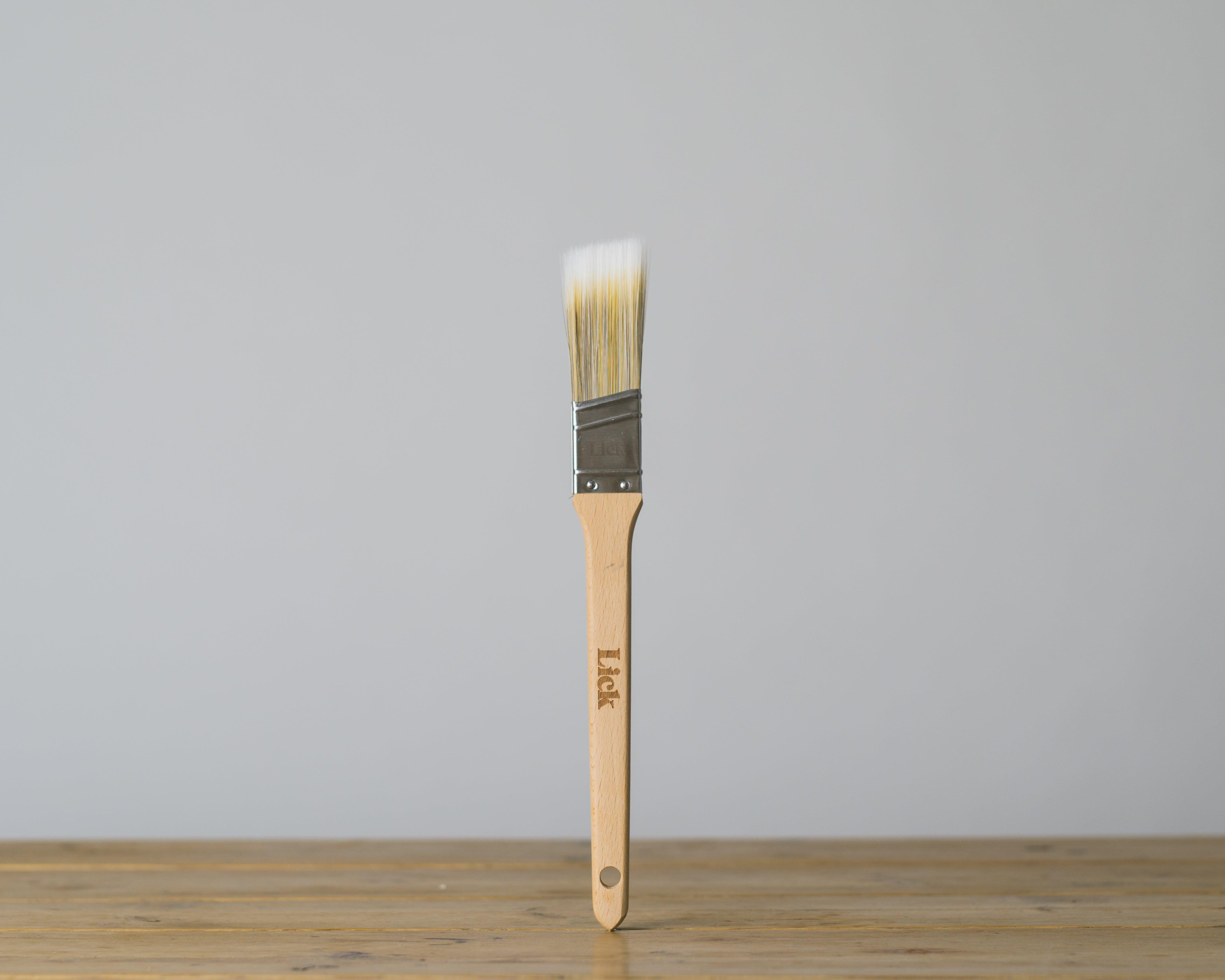 1.5inch Lick Angled Brush