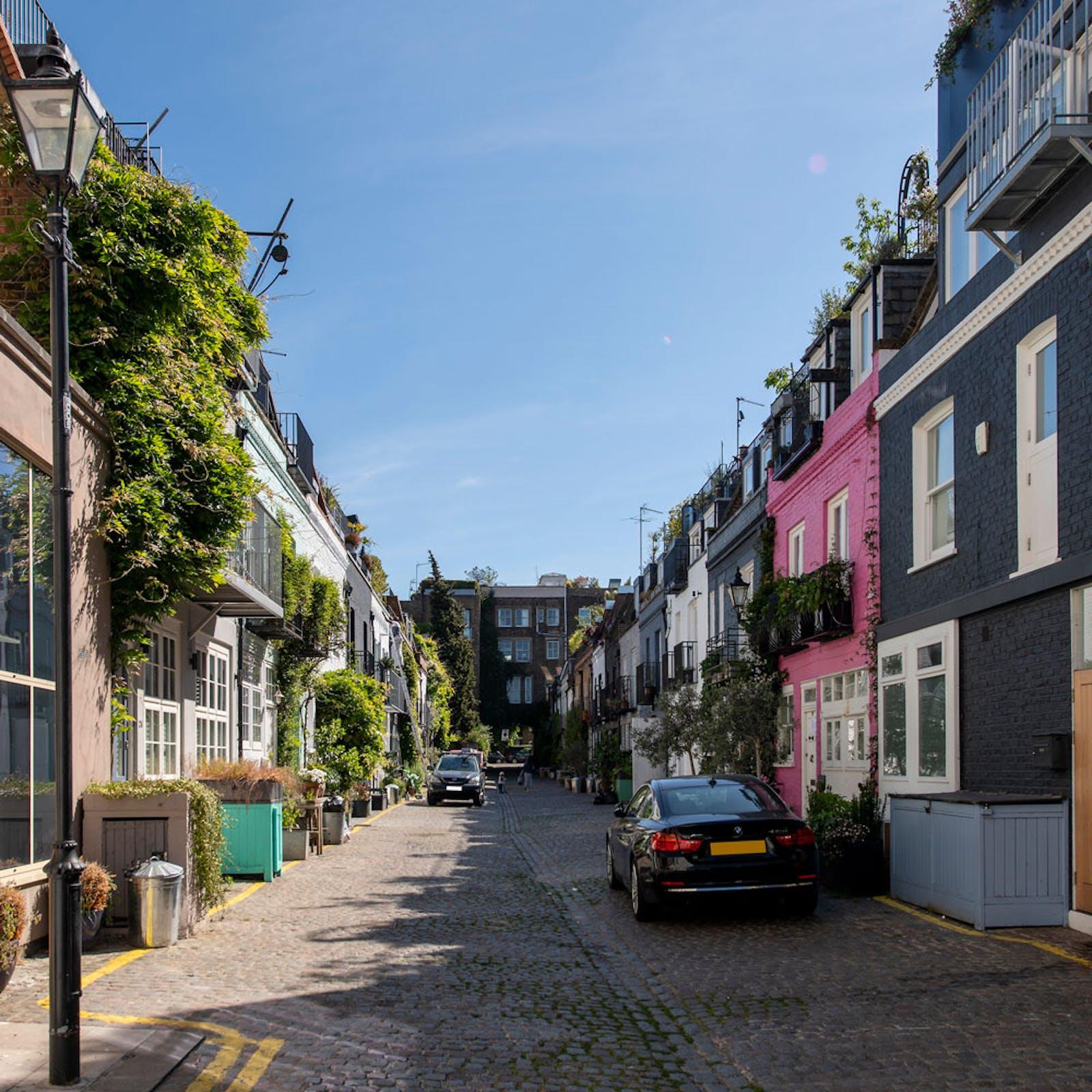 Mews street in Notting Hill London