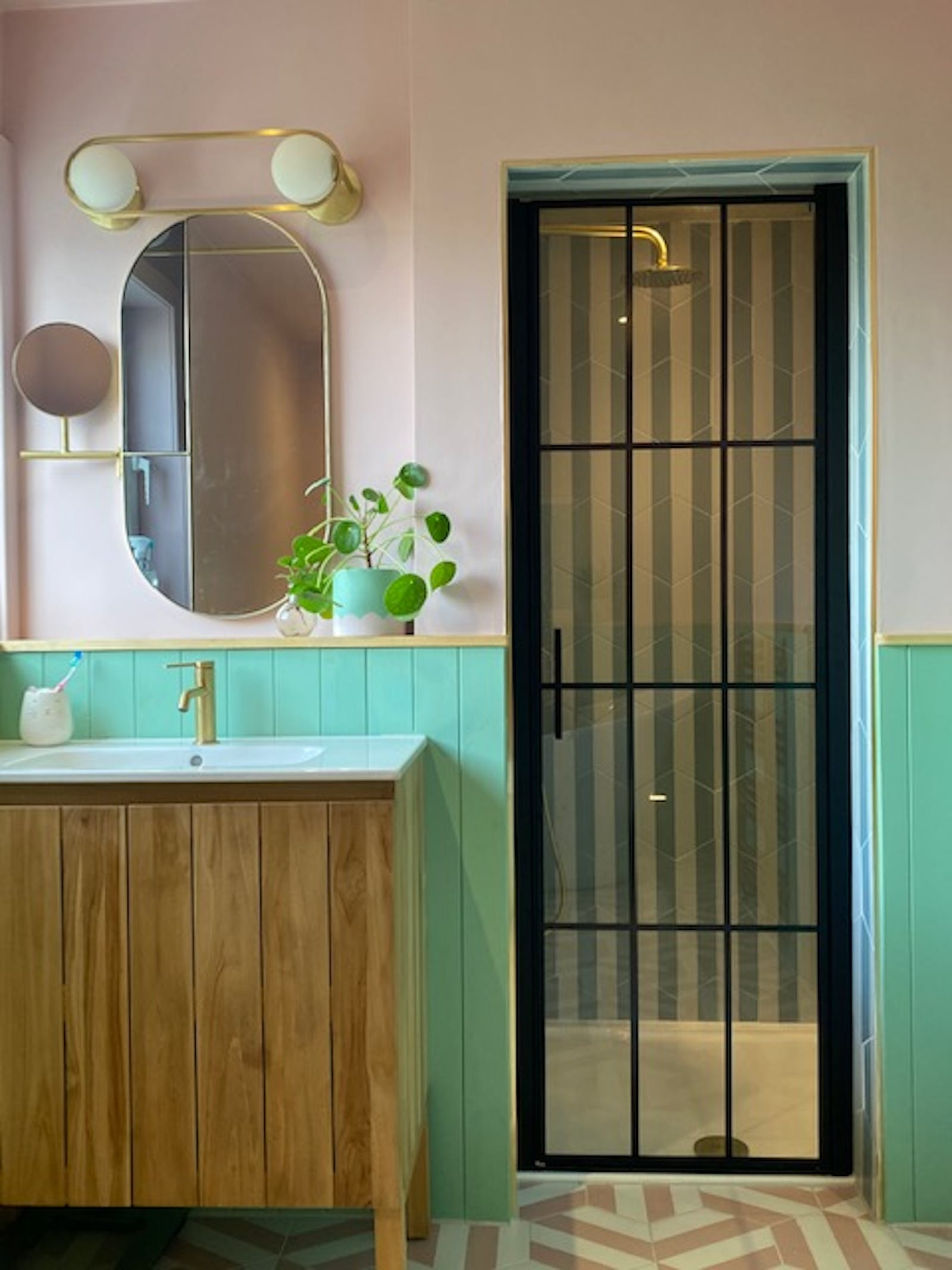 Shower in a pink and neo green bathroom, painted using Lick Pink 03 and Lick Green 08 paints