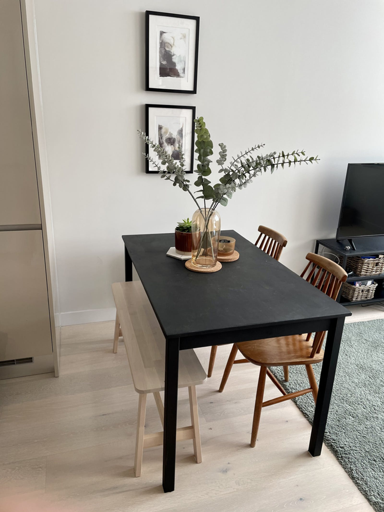 Kitchen table painted in Lick Black 01