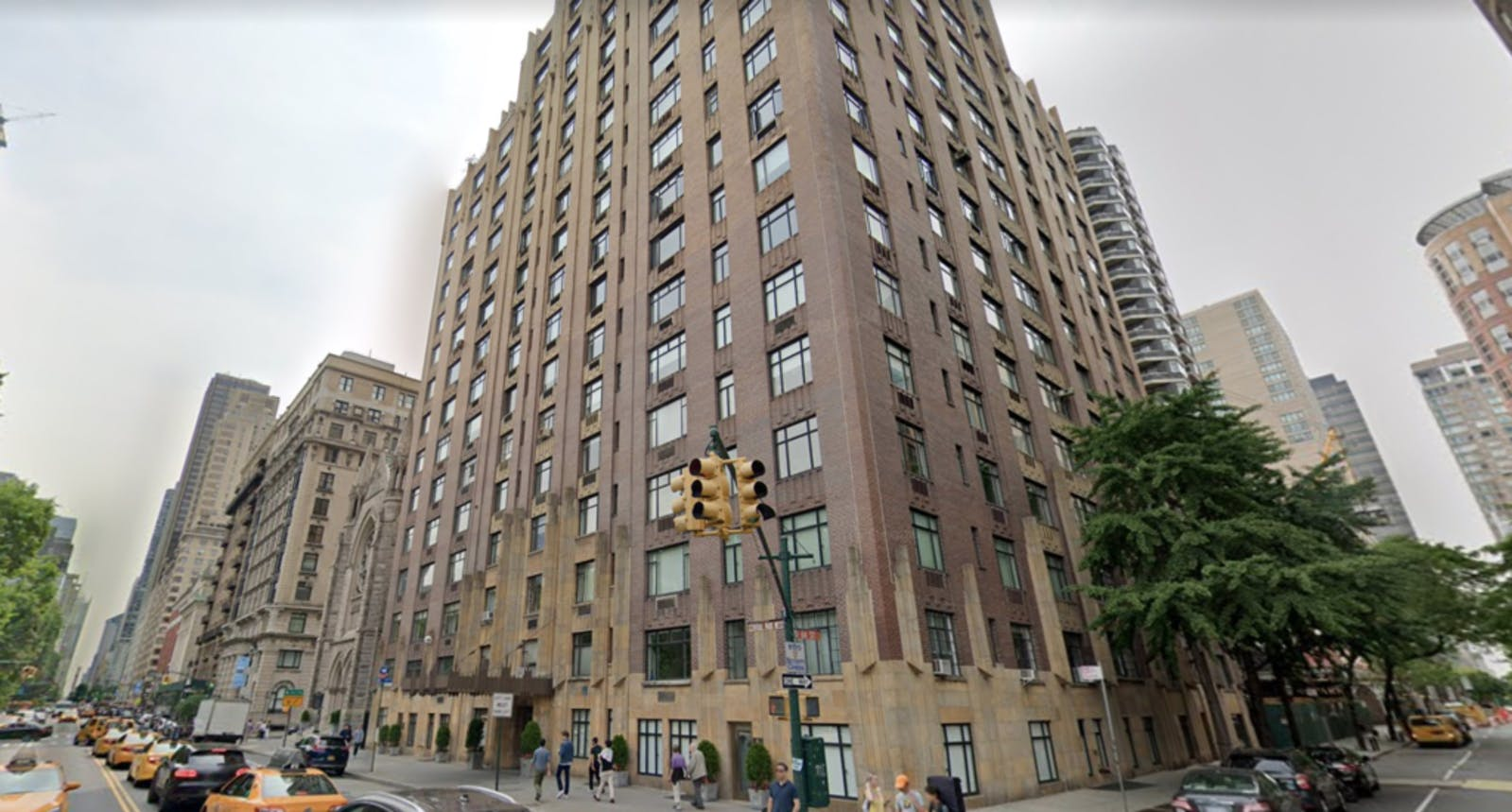 Apartment building in NYC famous because of the movie Elf being filmed in there