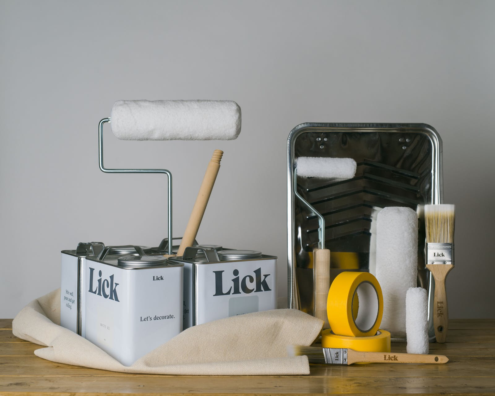 Lick multi room decorating kit including paint rollers, paint brushes, painters / masking tape, painting tray and extension pole