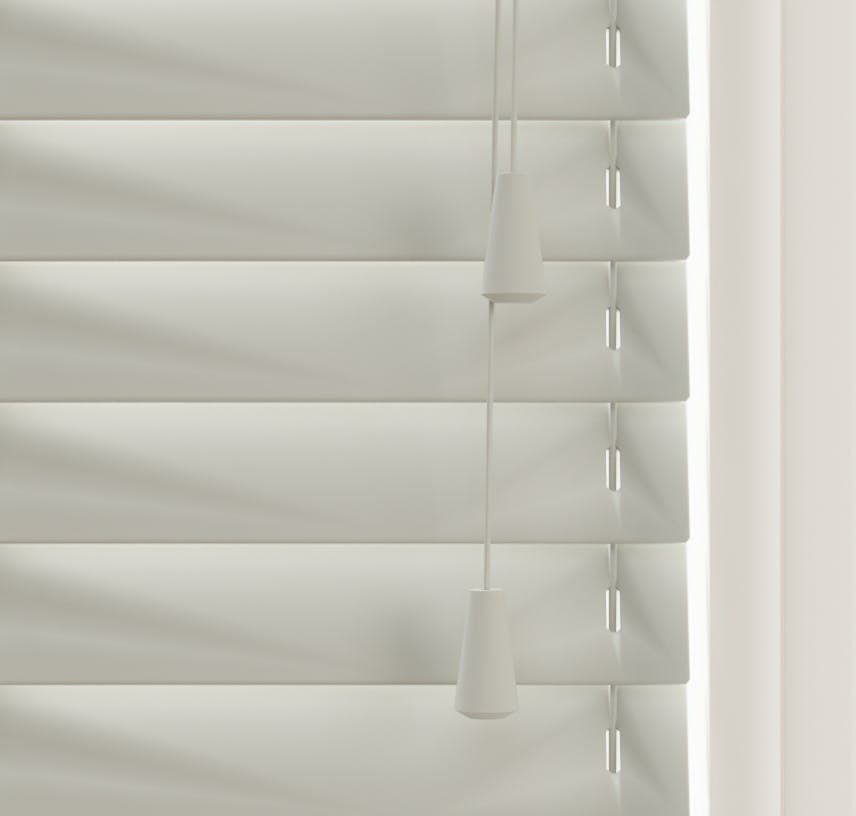 Close up view of Lick Grey 04 Venetian blinds