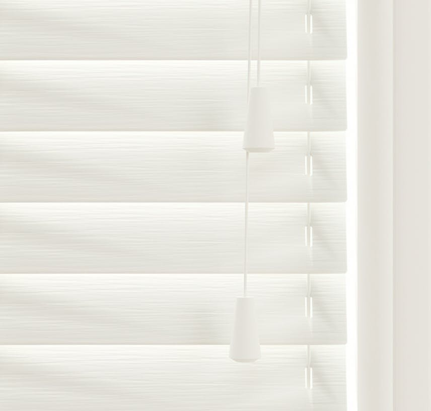 Close up view of Lick White 01 Venetian fine grain blinds