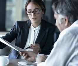 Welche Fragen sollten Sie Ihrem Versicherungsmakler stellen?