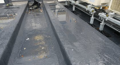 Liquasil Ultra PU flat roof waterproofing system. BBA Approved, seamless and 100% UV stable.  15, 20 and 25 year product warranties available.