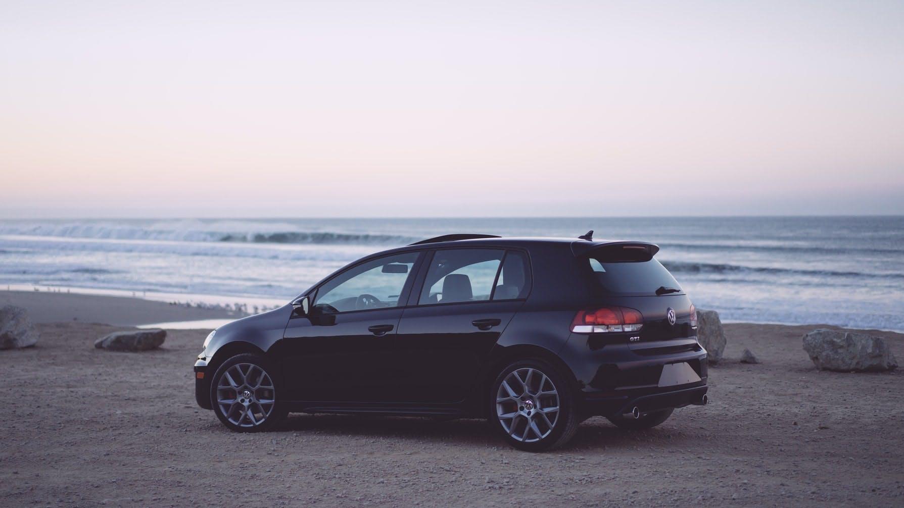 elektrische auto leasen of kopen, elektrische bedrijfswagen, auto leasen zelfstandige, Volkswagen Golf