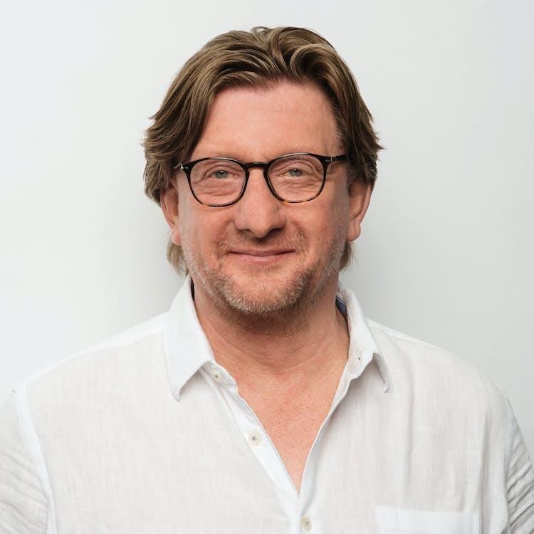 Dr. Jörg Kampen