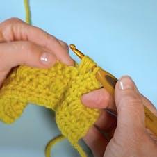 Crochet puff stitch step 3