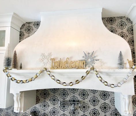 Paper chain by Blonde Butterfly Home