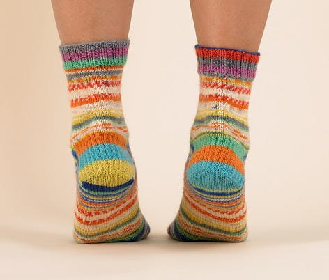 Paintbox sock yarn pattern