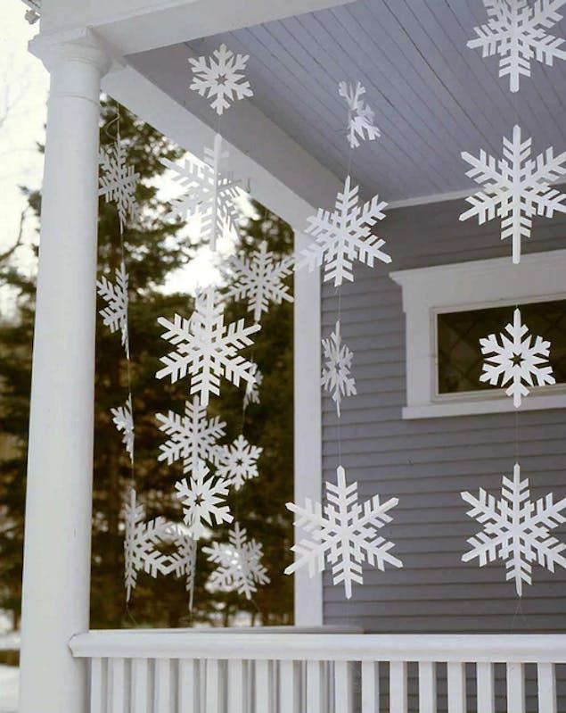 DIY snowflake banner for outside
