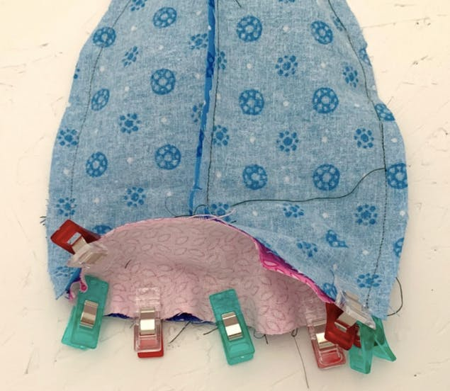 assembling toy shark