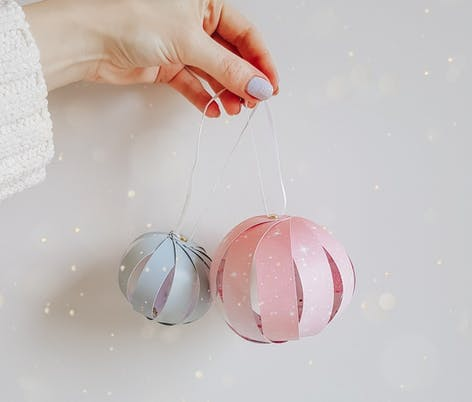 Papercraft Christmas Baubles by Karinascrapspace