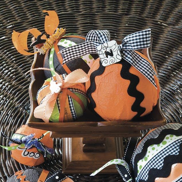 Halloween charm crafts