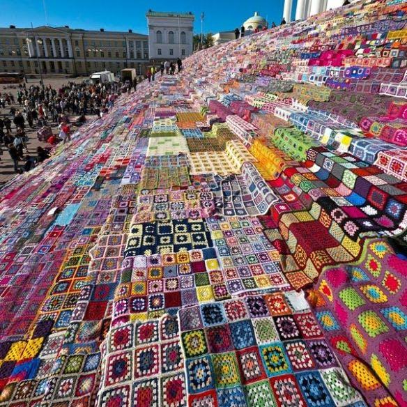 Helsinki Cathedral yarn bomb