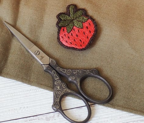 embroidery patch with embroidery scissors