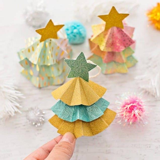 Hello Wonderful papercraft DIY tree ornament