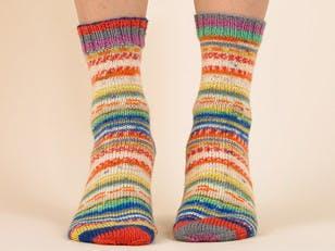 Cosy Contrast Socks - Free Knitting Pattern in Paintbox Yarns Socks