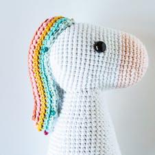 Attaching crochet rainbow mane to amigurumi unicorn