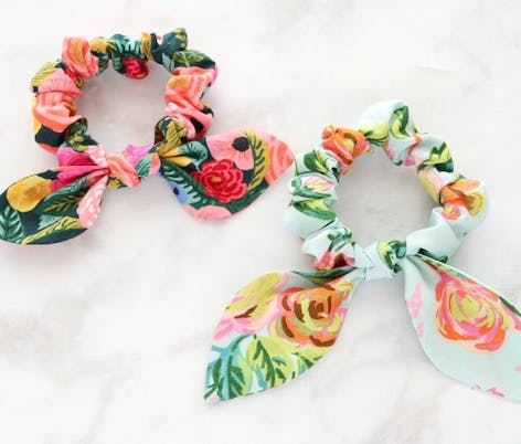 floral scrunchies made from fat quarters with bow