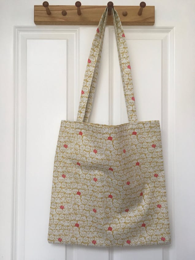 simple hand sewn tote bag