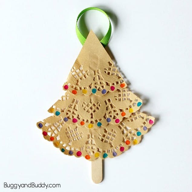 Doily DIY Christmas Tree ornaments by Buggy and Buddy