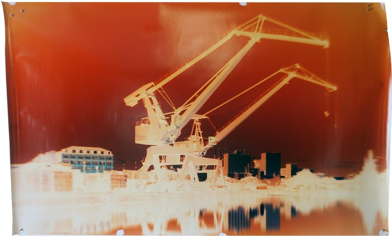 Motiongraph 159 Neukollner Cranes, Berlin,  8: 17 AM, October 10th 2019. 127 x 182 CM (50 x 71,5 INCH), Unique Chromogenic Paper Negative