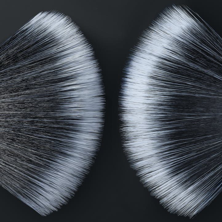 Image of the top of 2 Morphe Highlighter brushes.