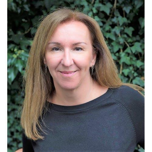 Stephanie Bell