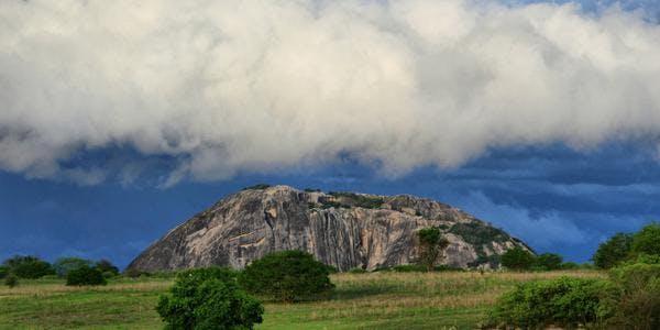 Pedra da Gaveta - Quixeramobim - CE